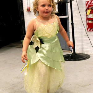 Honey Boo Boo is Officially a Red Neck